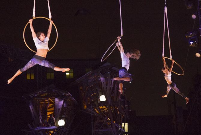 Circus Show Crepuscule