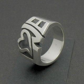 ラブのロゴデザインリング「LOVE RING」8