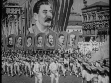 839177933-vyacheslav-molotov-josef-stalin-personality-cult-red-square
