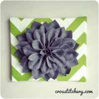DIY Felt Flower Canvas Tutorial | crosstitchery