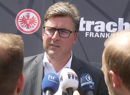 picture_Hellmann_Axel_Eintracht_Frankfurt_Pressekonferenz_a