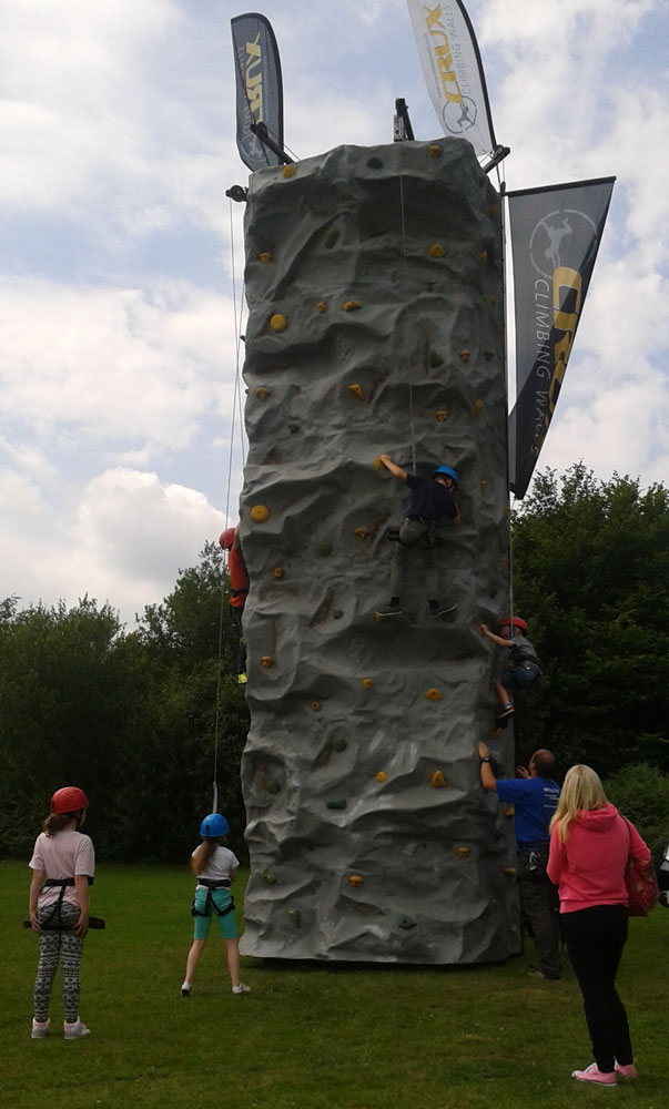 The challenge of the Climbing Wall