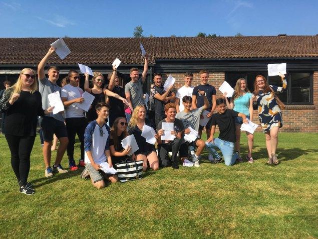 Beacon-GCSE-Results-2016-la