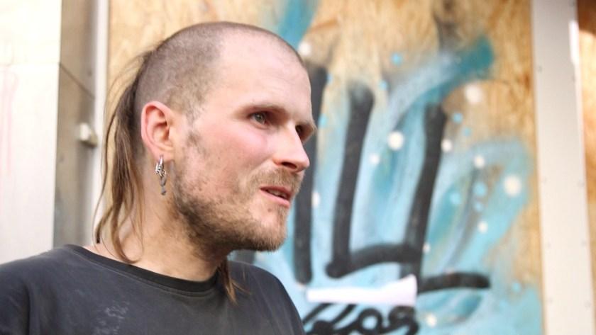 Vollzeitaktivist Kalle erklärt uns seine Sicht auf die G20-Proteste.