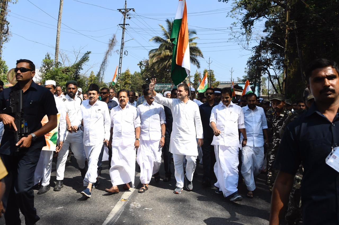 5 Surprising reasons why Rahul Gandhi has failed in Politics so far