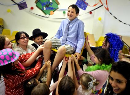 Campers Learn Jewish Tradition  CrownHeightsinfo  Chabad News Crown Heights News Lubavitch