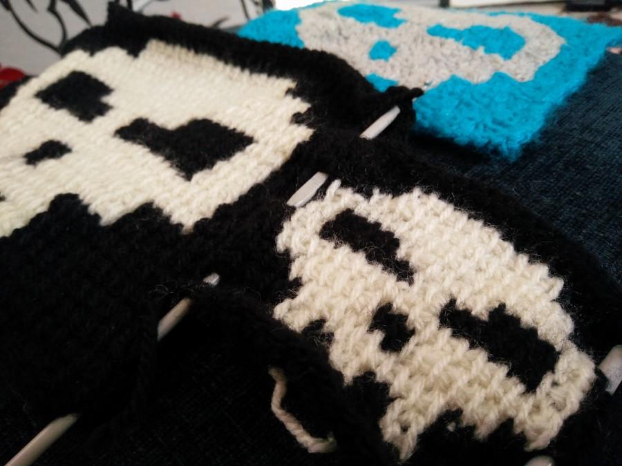 Pixel Skull Tunisian Crochet Technique Test