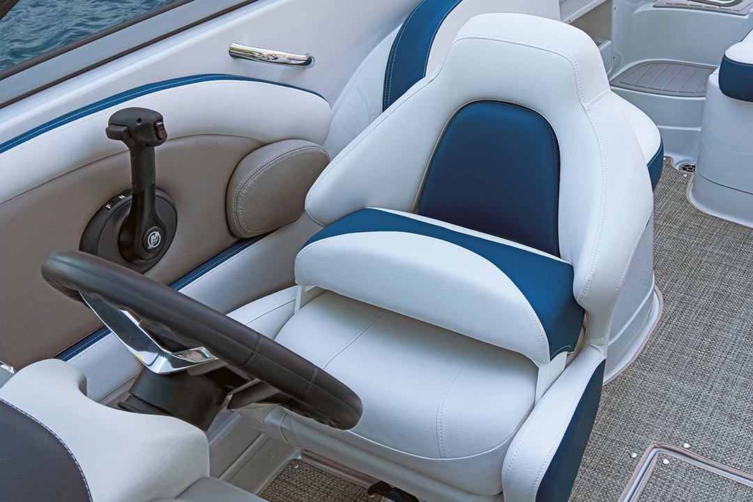 boat captains chair desk footrest crownline boats eclipse e e235