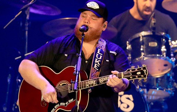 Luke Combs – Without You lyrics