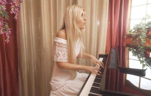 Julia Westlin - I Love You lyrics