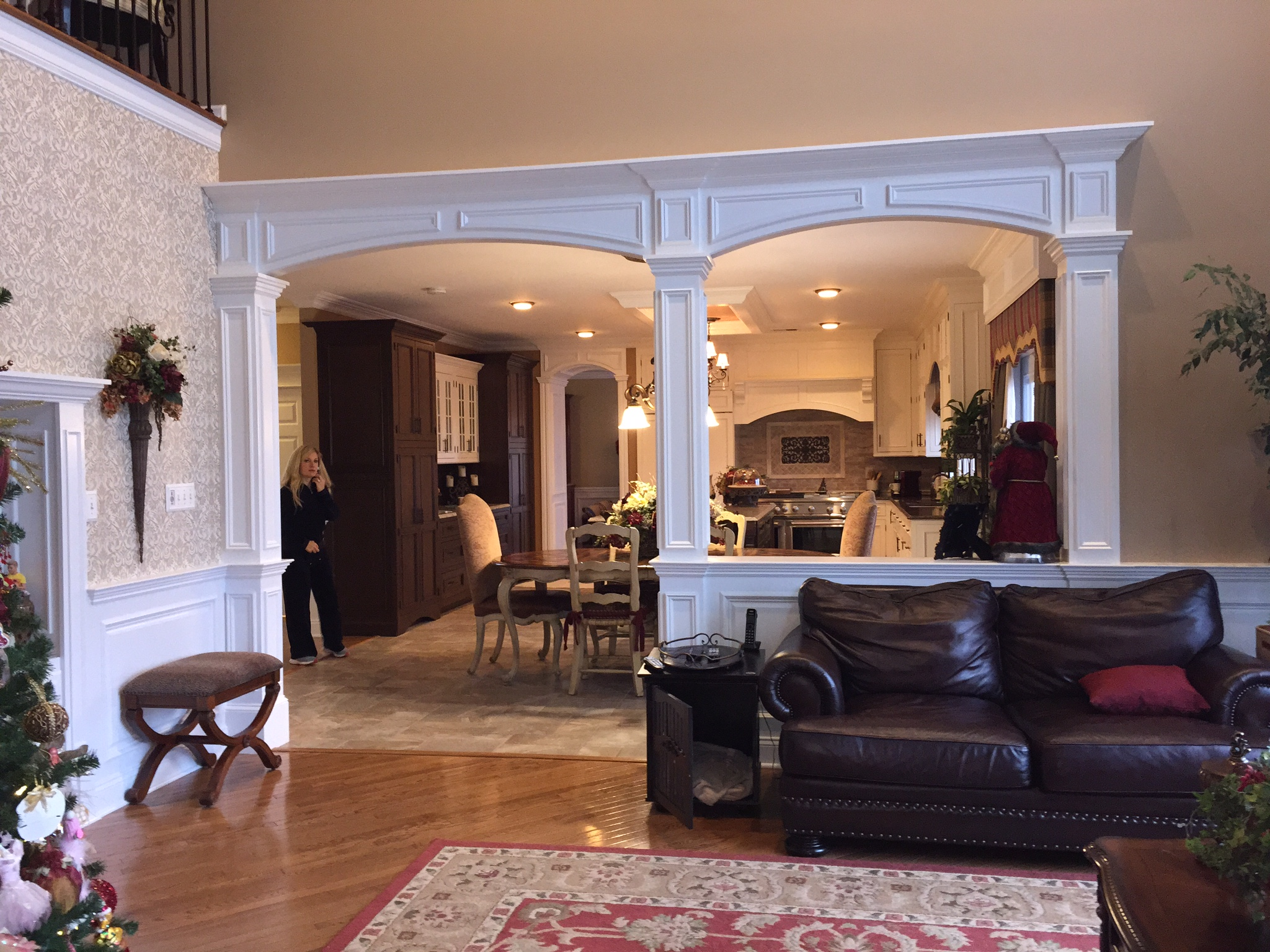 Crown Molding Experts  Home Interior Design