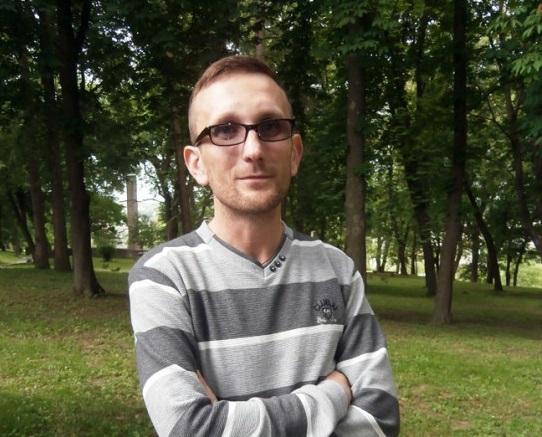 Володимир Салук, волонтер
