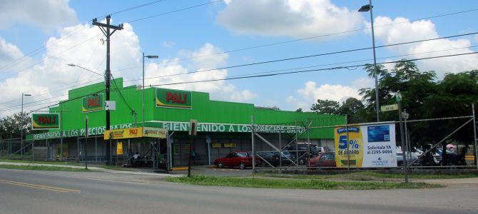 Grocery Stores in La Fortuna