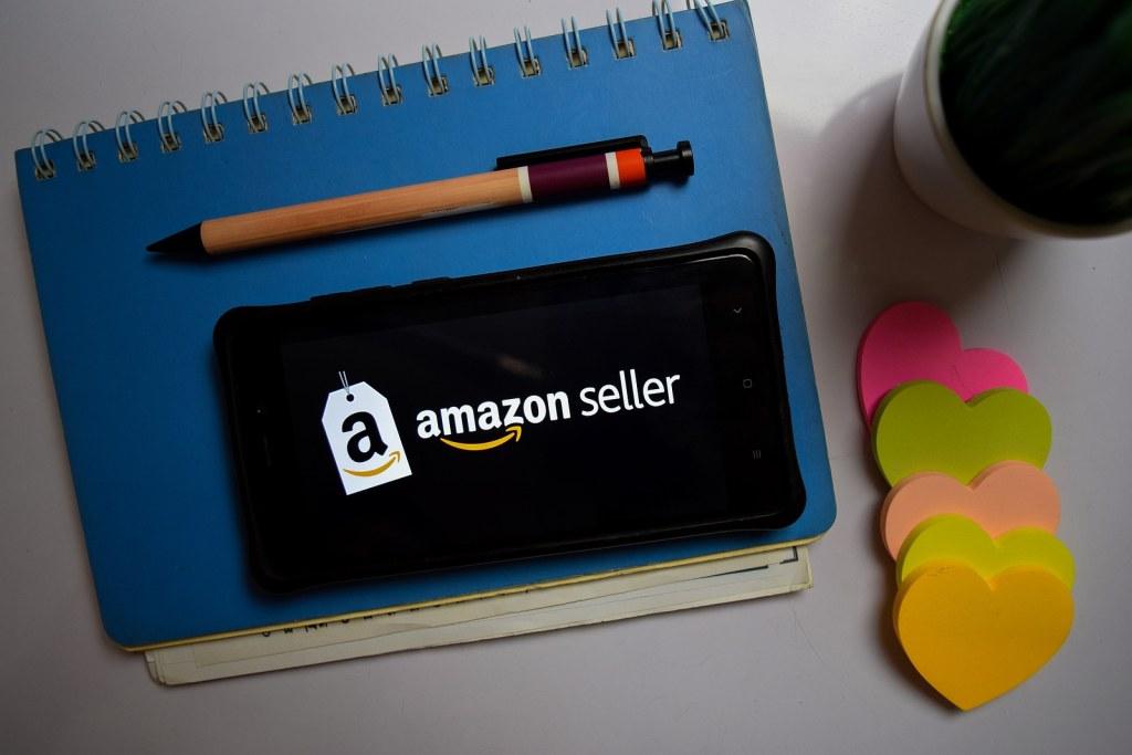 Amazon Associates to bring you affiliate income
