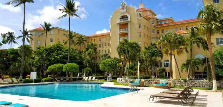 The Beautiful Pool and Hotel