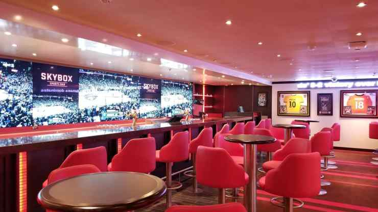 Carnival Horizon SkyBox Sports Bar