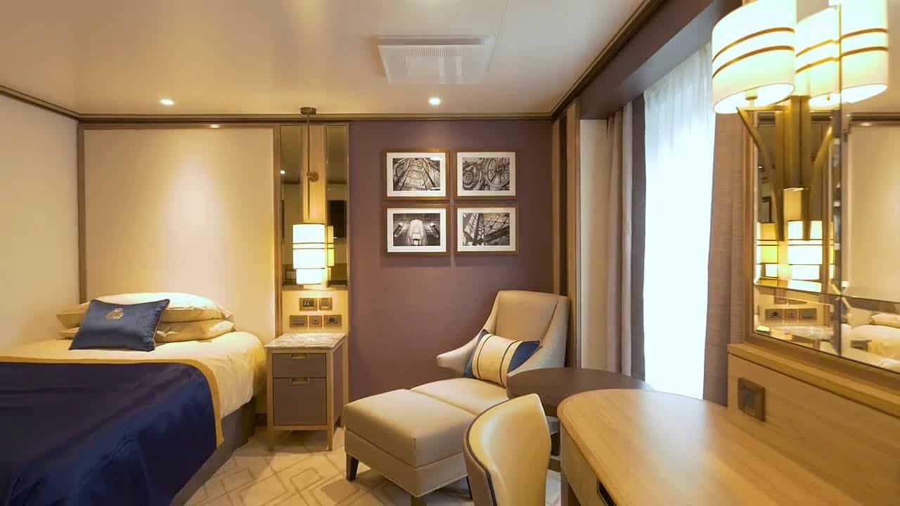 Britannia Single Staterooms on Queen Mary 2