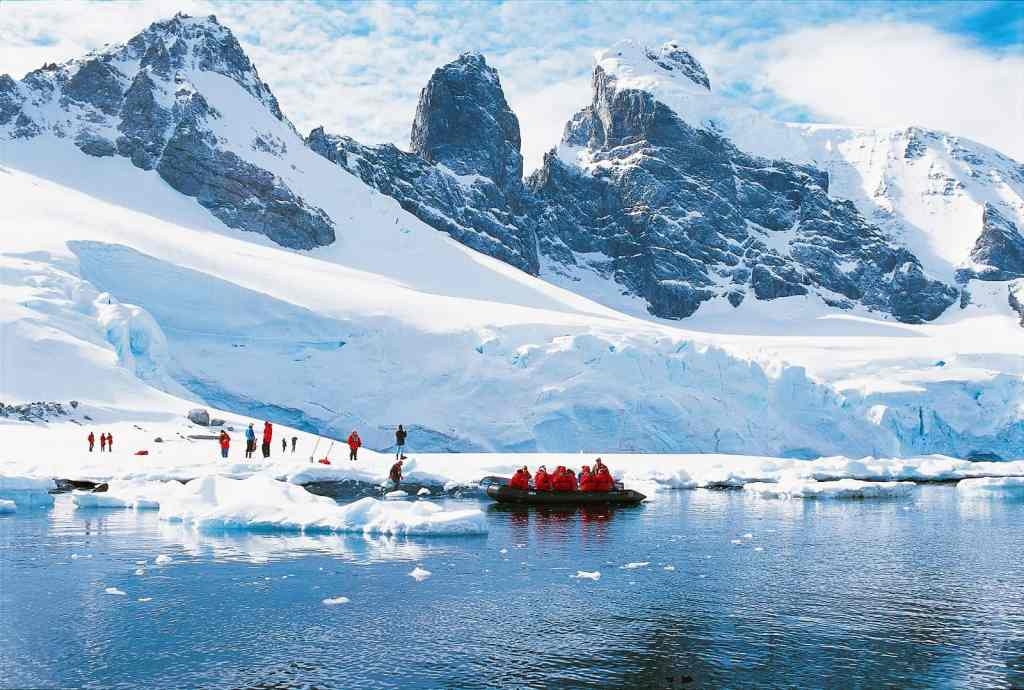 Set Sail for the World's Most Inspiring Continent on an Expedition Cruise to Antarctica | 26