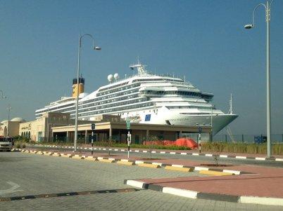 costa-favolosa-dubai-cruise-terminal