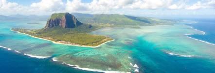 rodrigues island lies a few hundred kilometres from mauritius