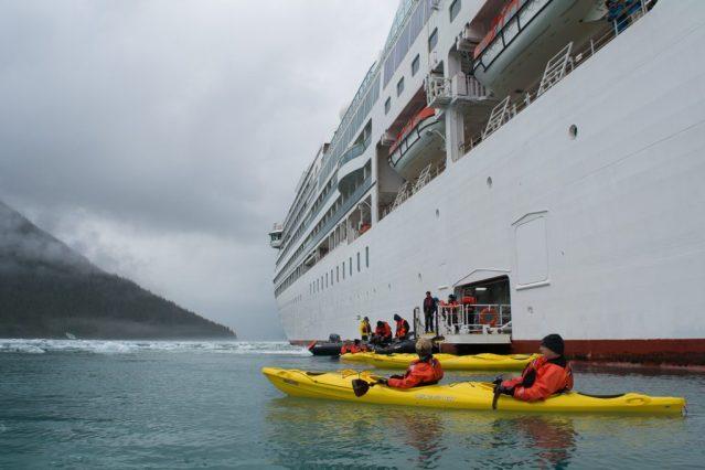 seabournsojourn_alaska_kayaking