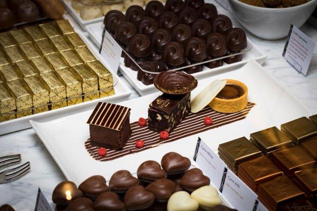cunard-chocolate-buffet