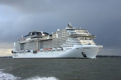 msc bellissima is the largest cruise ship ever to homeport in dubai