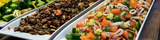 royal-caribbean-cruise-line-adds-vegan-menu-to-main-dining-room-options_x400_41