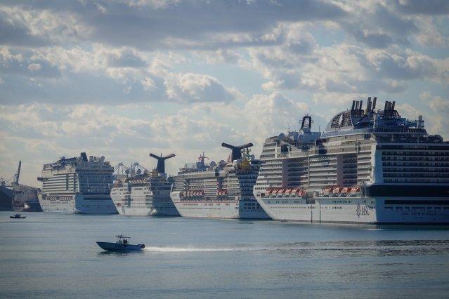 cruise ships generic