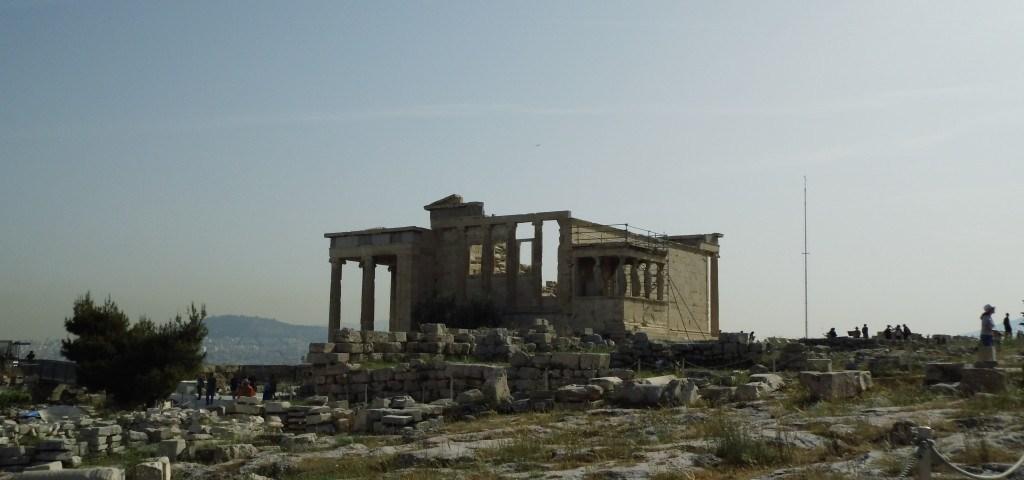 Blick auf die Ruinen in Athen