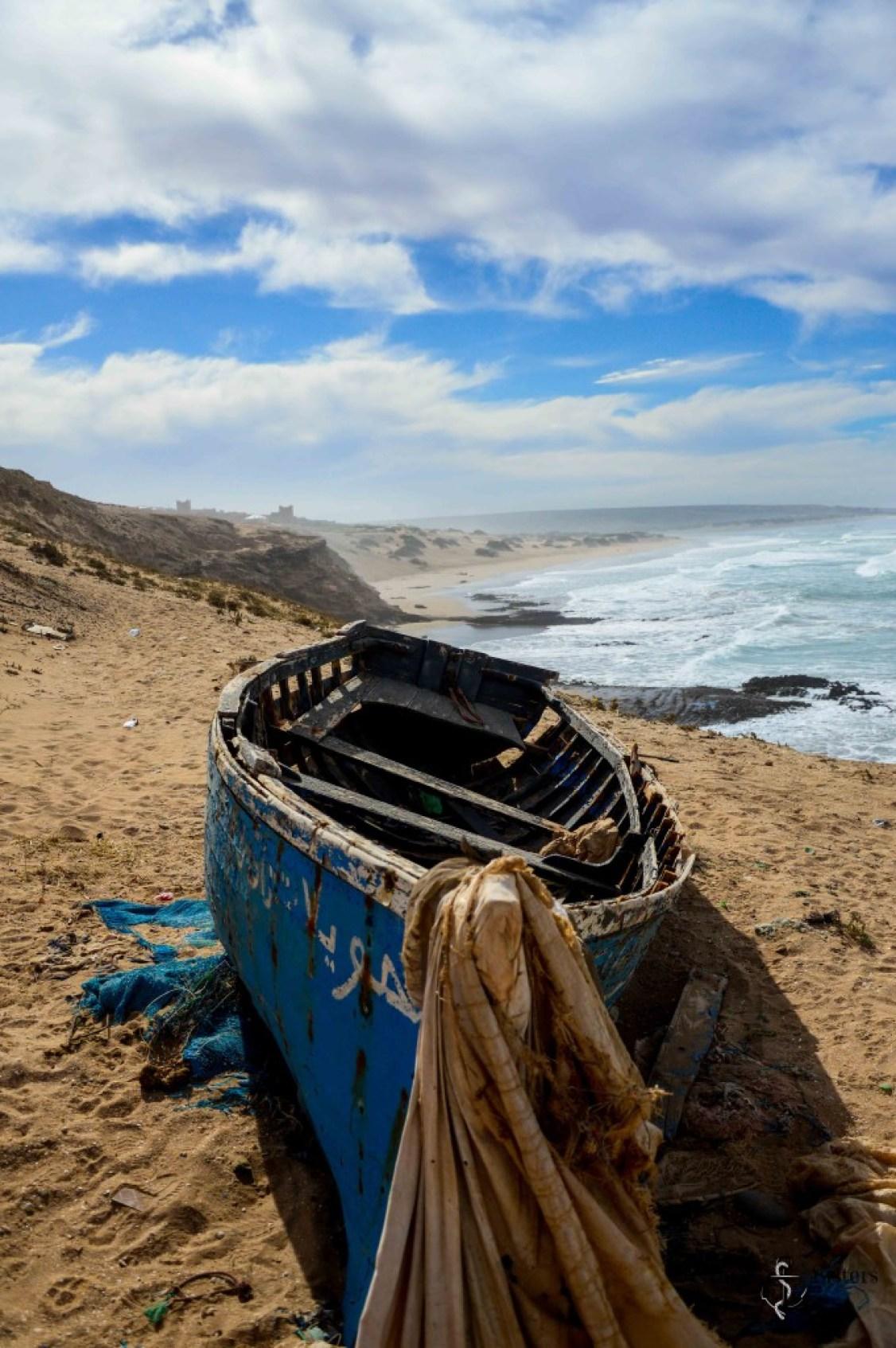 Fischerboot in Agadir am Strand in Marokko