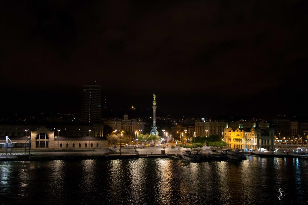 Ausfahrt von Barcelona bei Nacht