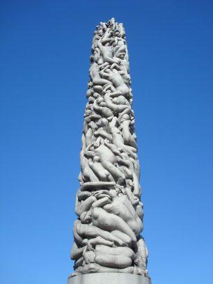 sculpture-tower-vigeland-park-oslo