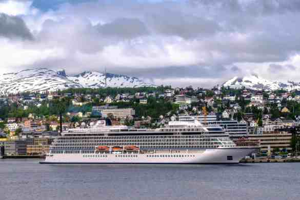 Viking Cruises Christens Third Ocean Ship In Norway | 21