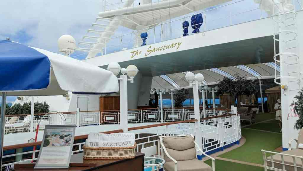 11 Ways to Avoid the Crowds to Have a More Intimate Cruise | 8