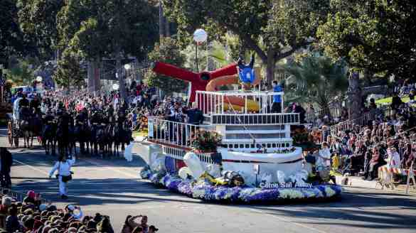 Carnival Cruise Line Brings Fun To The Rose Parade | 2