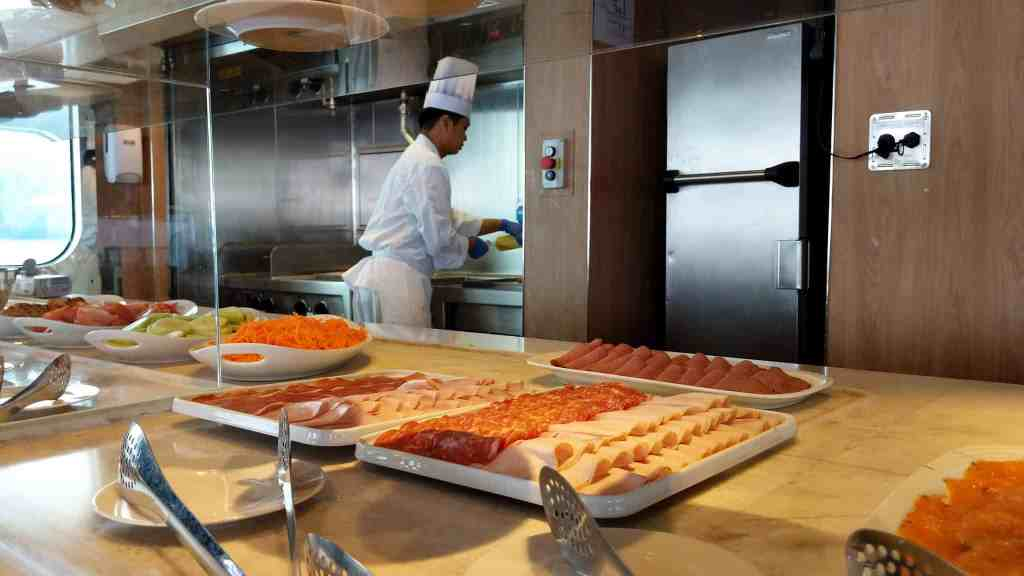 Ponant Le Laperouse Le Nemo buffet