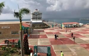 First Cruise Ship Returns to St Maarten