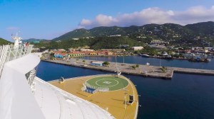 Video: How a Giant Cruise Ship Enters a Narrow Port in the Caribbean