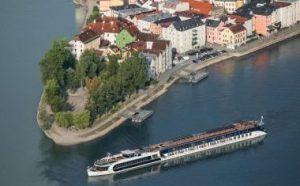 Deluxe travel with Ama Waterways