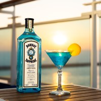 Princess Cruises launches new 'Sapphire Princess' cocktail in partnership with Bombay Sapphire Distillery