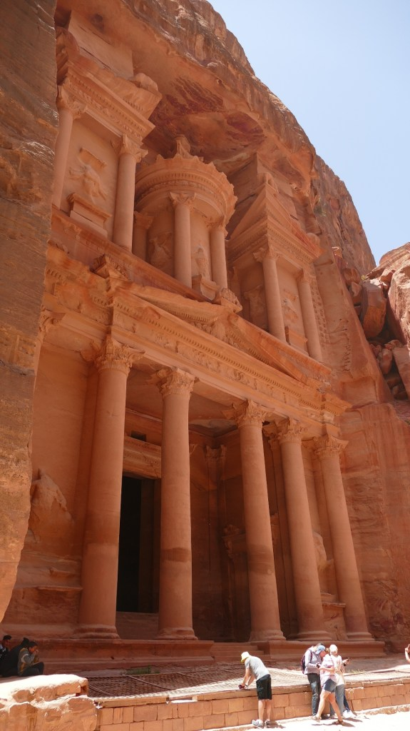 choose to cruise Petra