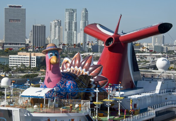 Carnival Cruises Thanksgiving cruise ship
