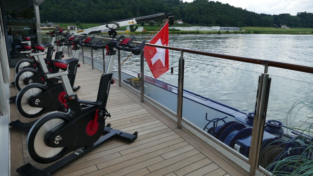 spinning bikes amamagna active river cruises