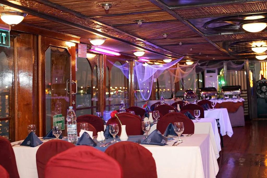 dhow cruise restaurant Dubai