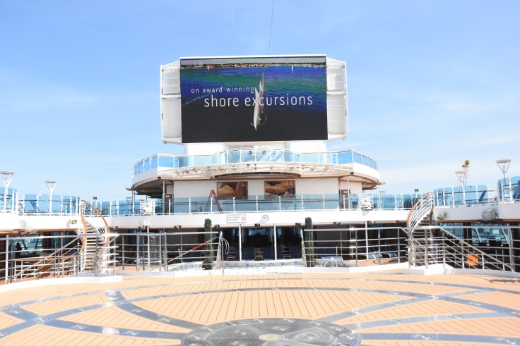 royal princess lido deck