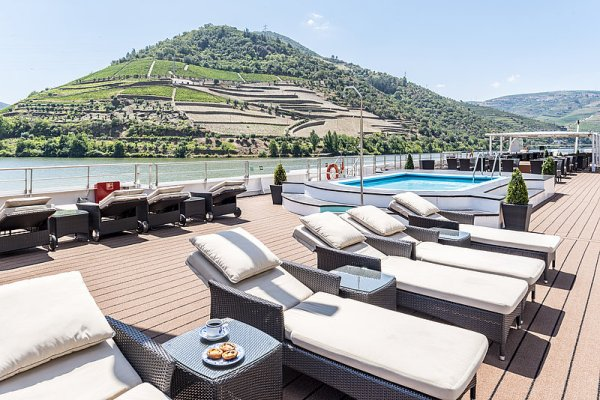 first river cruise for uk douro