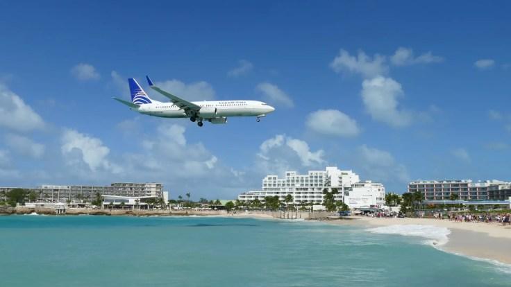 Aeroplane Maho beach