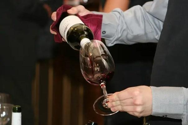 wine-786933_640