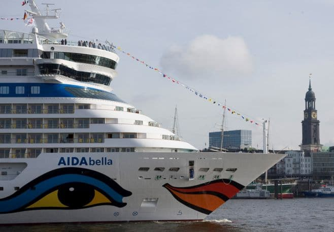 Afbeeldingsresultaat voor AIDAbella in Amsterdam
